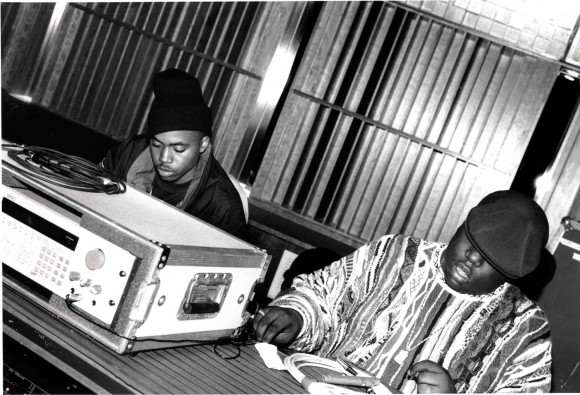 Nas-and-Biggie-at-the-Hit-Factory-Studios-NYC-1995-by-Delphine-Fawundu--e1426014158666