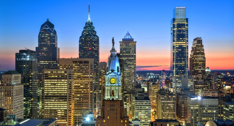 top-reasons-to-come-back-to-philly-this-fall-skyline