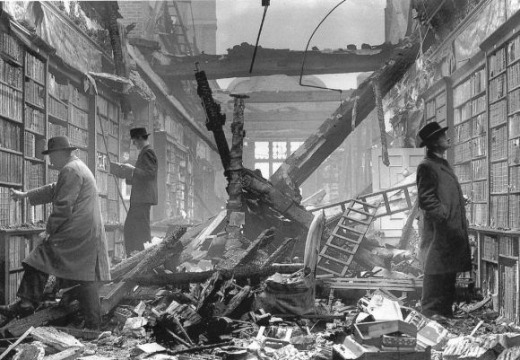 hollandhouselibraryblitz1940